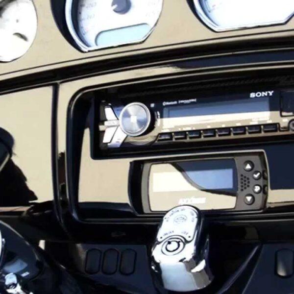 Metra 99-9700WR kit montaggio Stereo Harley Davidson 14up